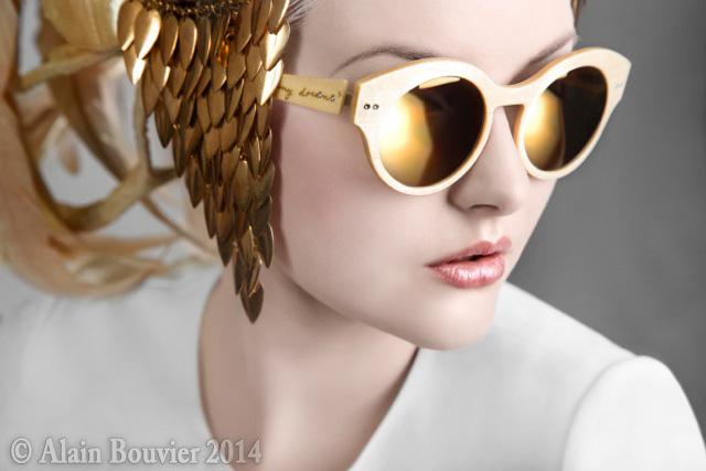 Gold Lensesweb
